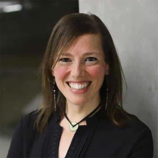 רומי שחורי | מנכ״לית עמותת לה״ב